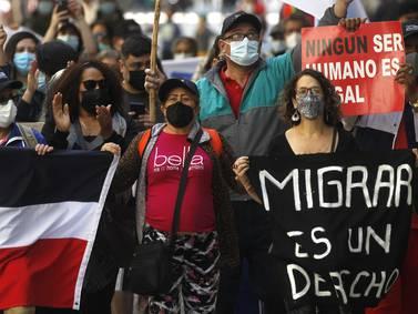 Organizaciones sociales de La Reina pidieron al Gobierno no expulsar a los migrantes con regulación en curso