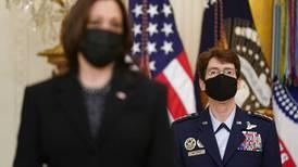 ¡Sí, mi generala!: experimentada aviadora toma el mando de un poderoso comando de combate del Pentágono