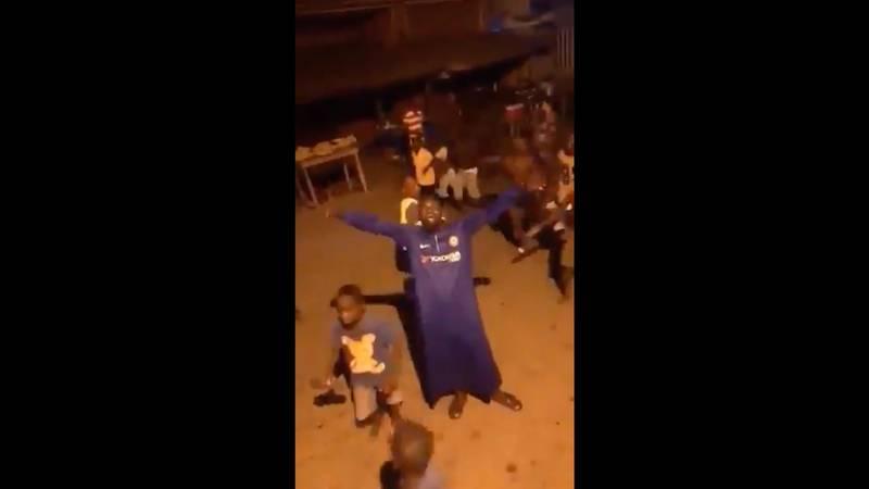En Nigeria celebraron con todo el título del Chelsea