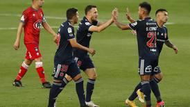 """La """"U"""" reaccionó a tiempo y rescató un empate ante Huachipato en su debut"""
