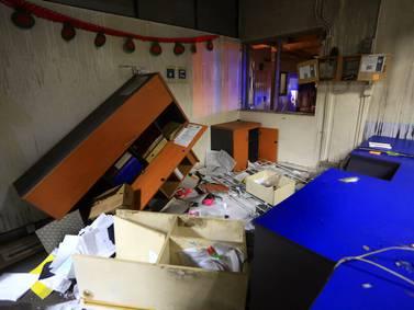 Atacan y saquen sede del Registro Civil en Puente Alto
