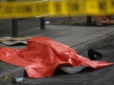 PDI investiga hallazgo de mujer muerta en plena vía pública en Peñalolen