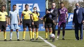 """Propuesta del presidente de  FIFA en Chile: jugar los mundiales cada dos años """"beneficiaría más a los sudamericanos que a los europeos"""""""