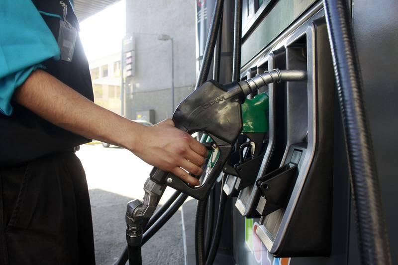 El precio de las bencinas retoma las alzas.